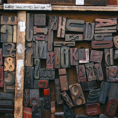 moveable type letters